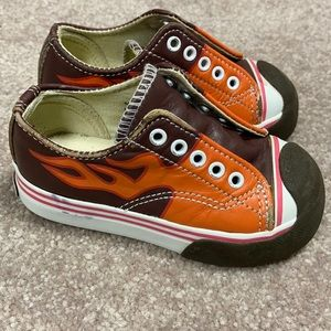 Morgan and Milo size 6 leather flame sneakers